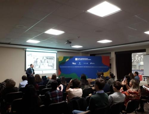 Conferencia en San Jerónimo, en el marco de la Feria del Libro de Guadalajara